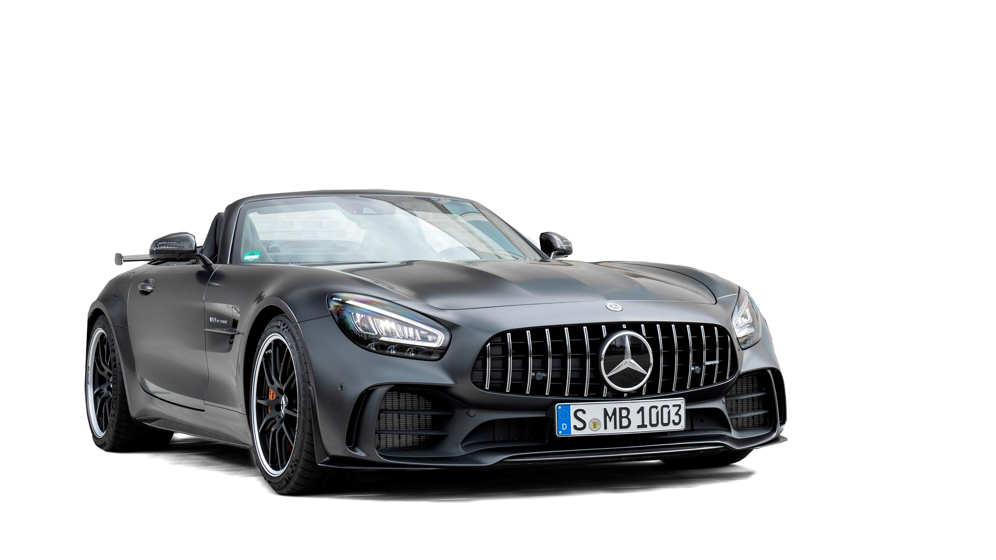 2020 mercedes benz amg gt r roadster features specs and price carbuzz. Black Bedroom Furniture Sets. Home Design Ideas