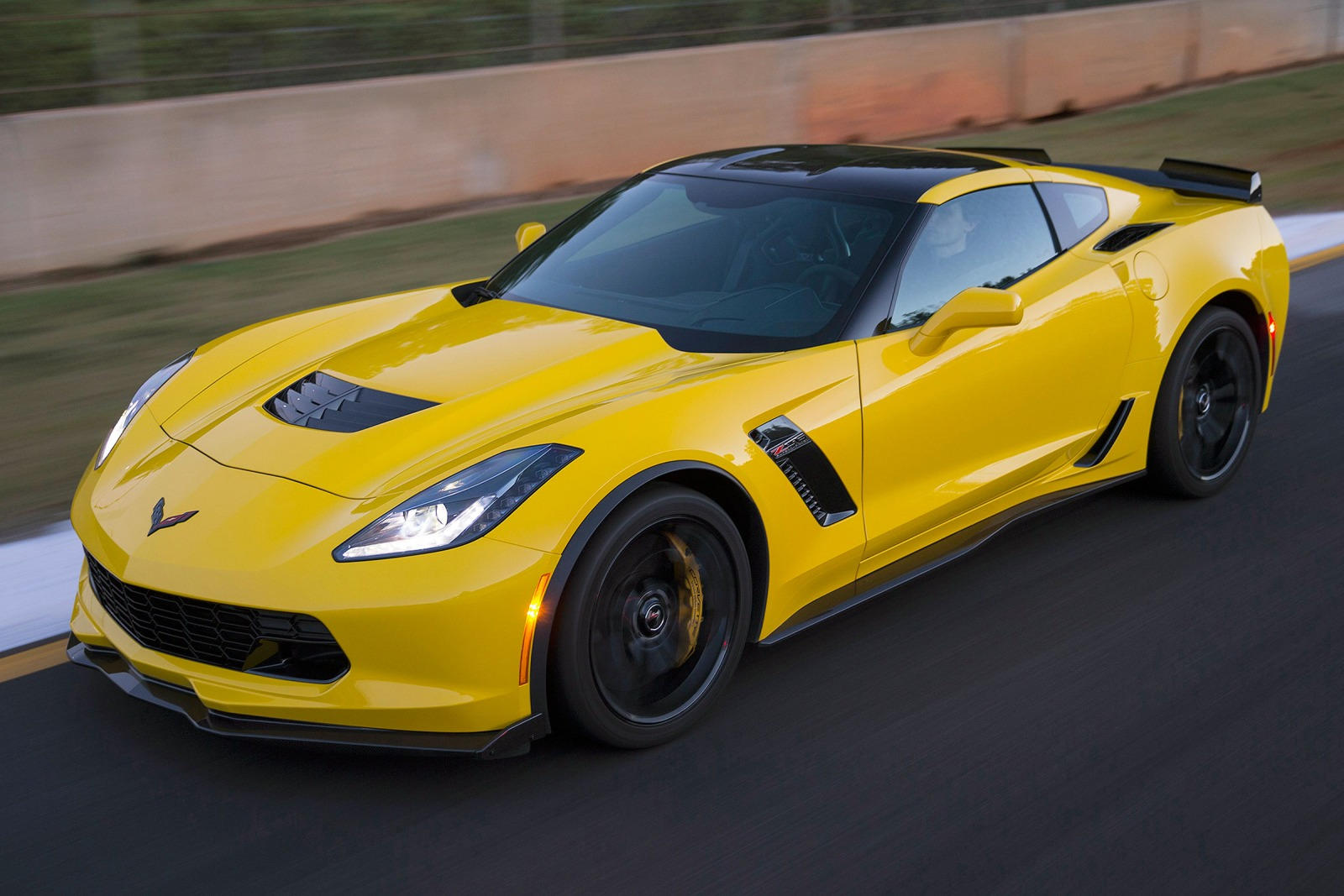 2019 Chevrolet Corvette Z06 Coupe Review, Trims, Specs and ...
