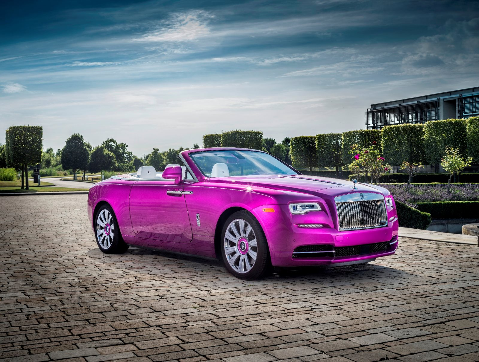Used Rolls Royce Dawn Check Dawn For Sale In Usa Prices Of Every Dealership Carbuzz