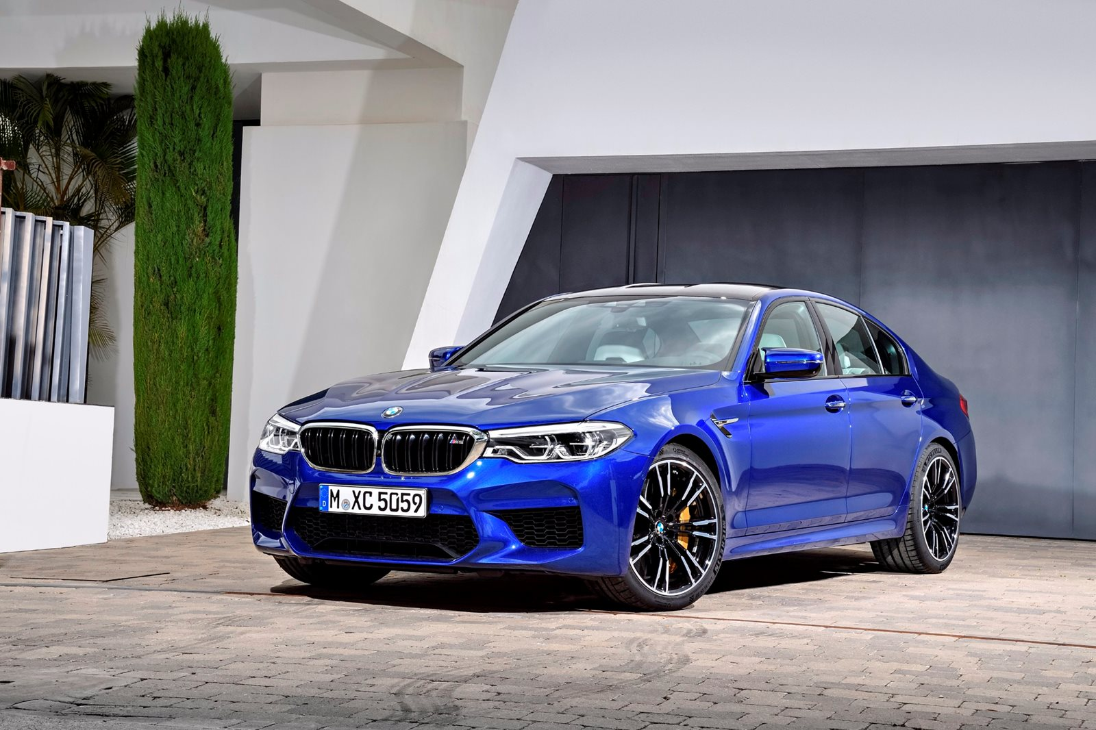 2020 Bmw M5 Sedan Review Trims Specs Price New Interior Features Exterior Design And Specifications Carbuzz