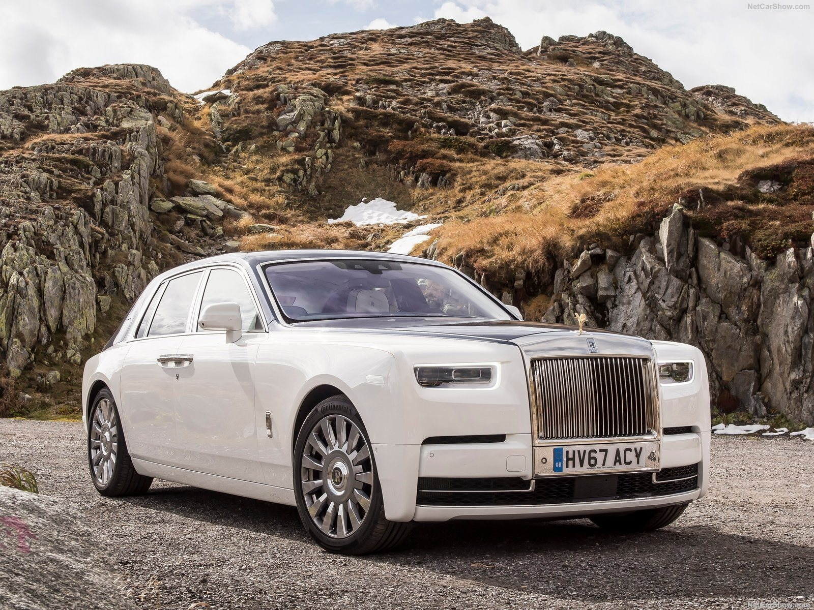 2018 Rolls Royce Phantom Review Review Trims Specs And Price Carbuzz