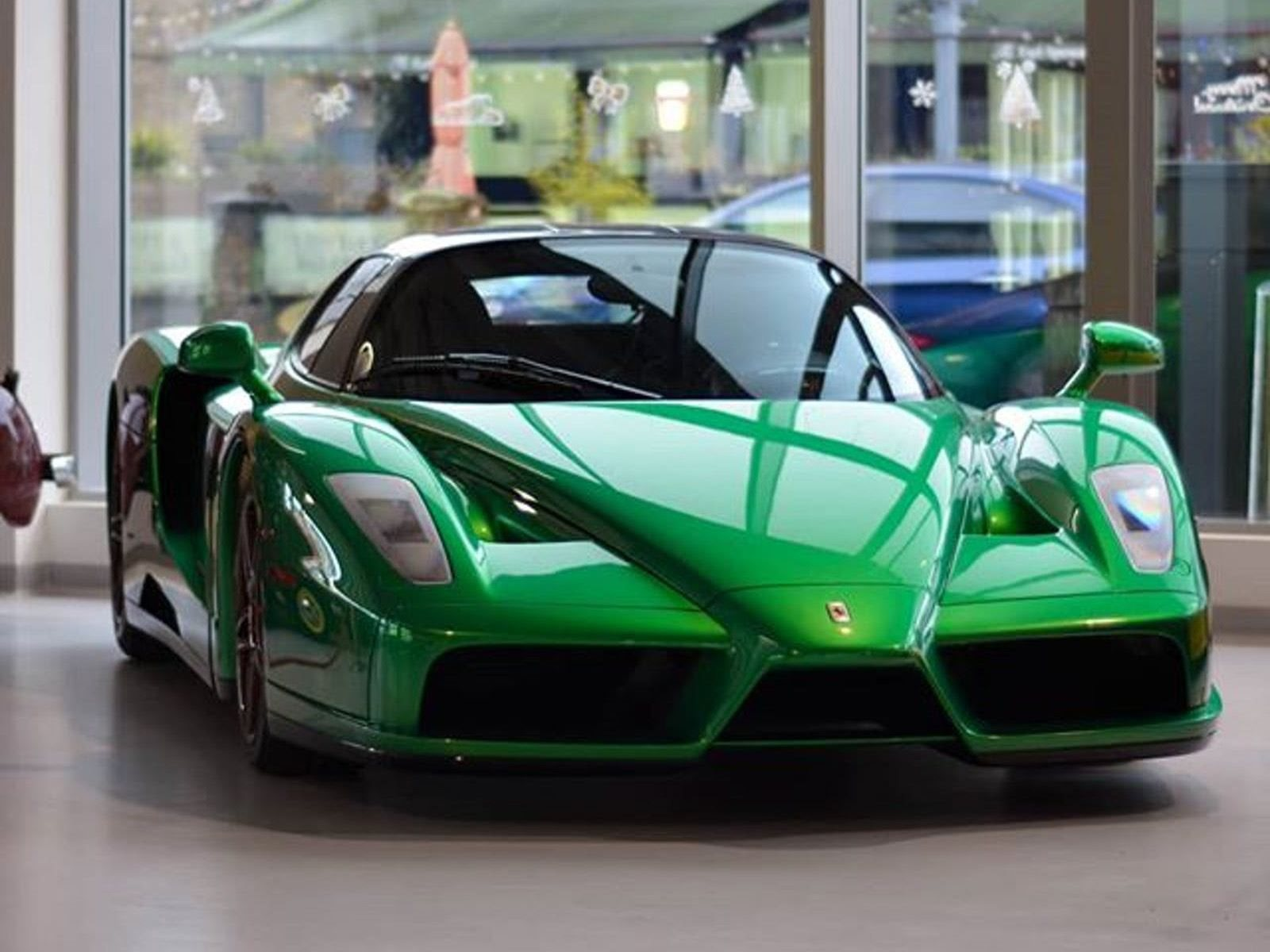 This Is The Only Emerald Green Ferrari Enzo In The World Carbuzz
