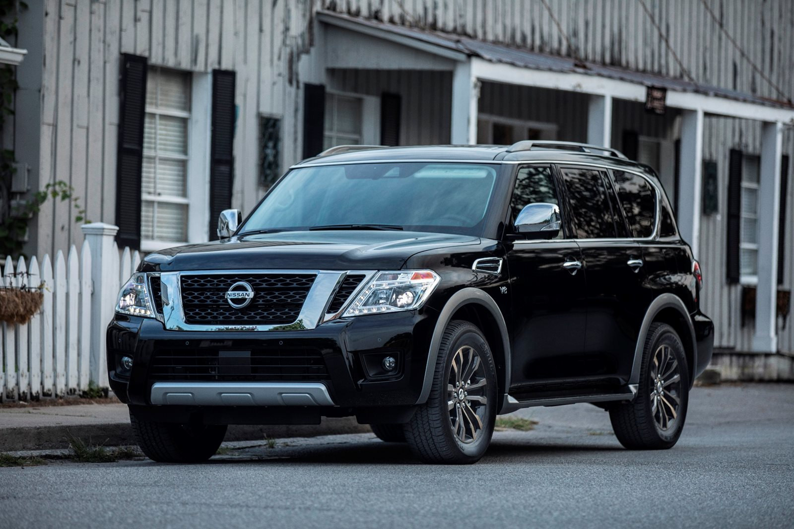 2018 Nissan Armada Review, Trims, Specs and Price | CarBuzz