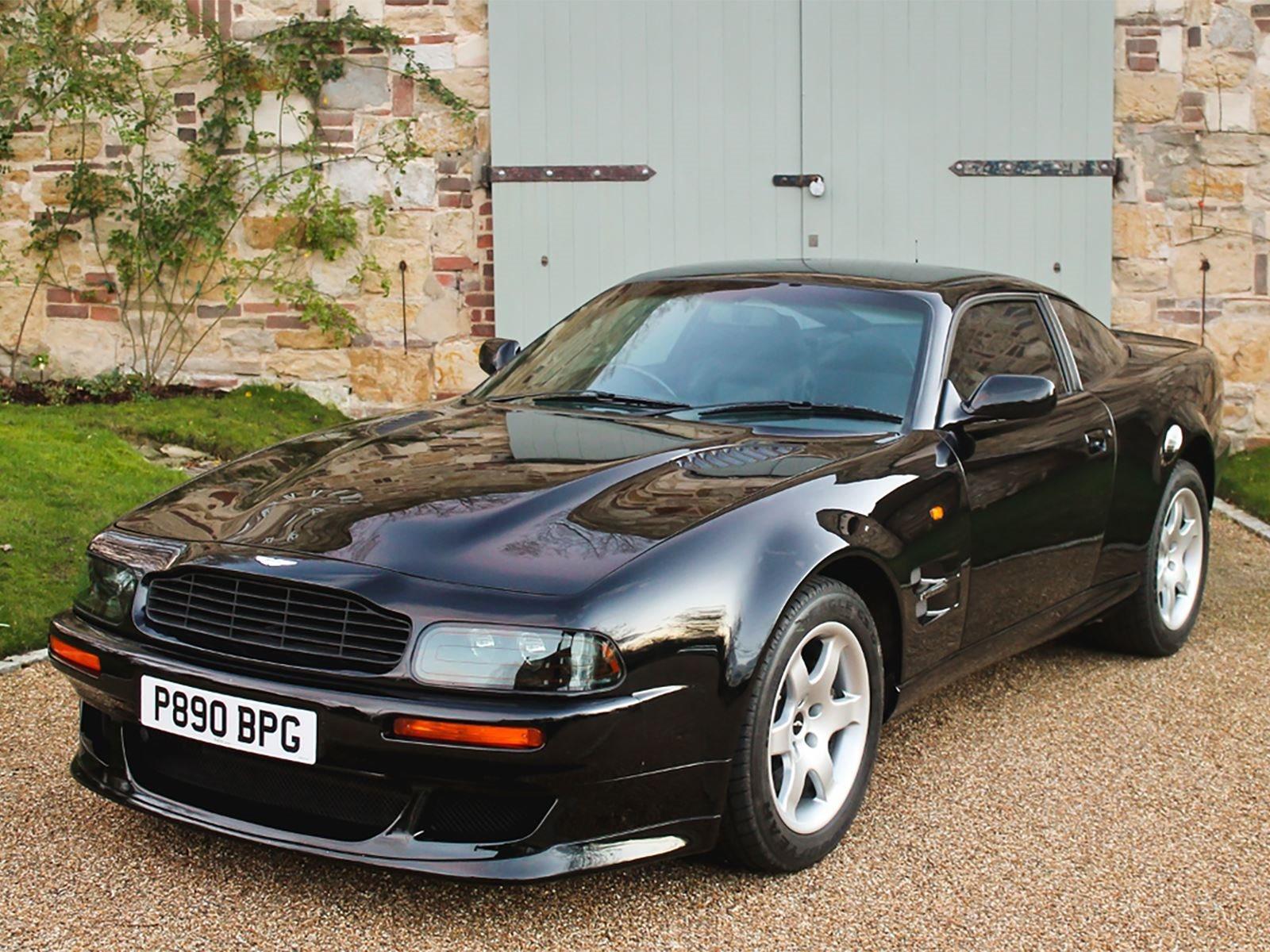 Elton John S Exquisite Aston Martin V8 Vantage Is For Sale Carbuzz