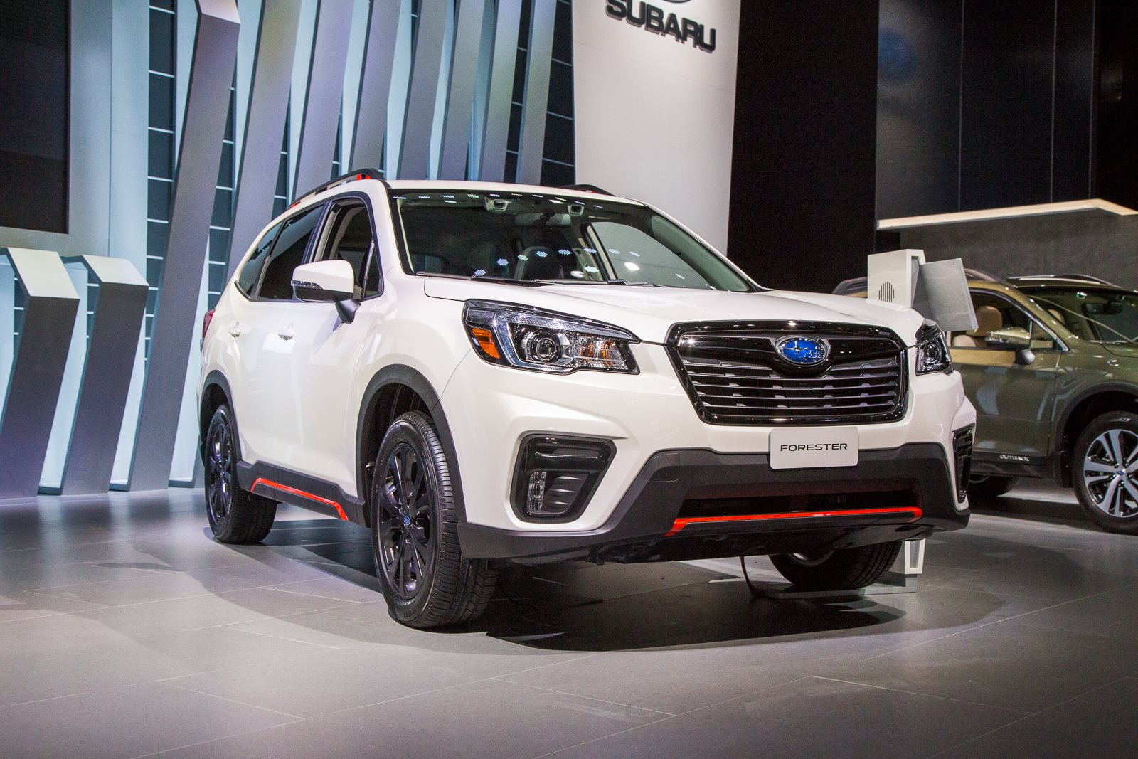 2019 Subaru Forester Is Bigger More Efficient And Has Familiar