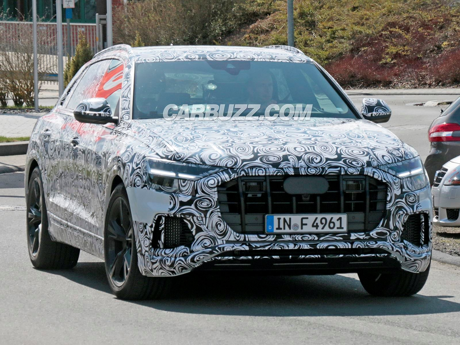 Audi Rs Q8 Looks Ready To Battle The Bmw X6 M Carbuzz