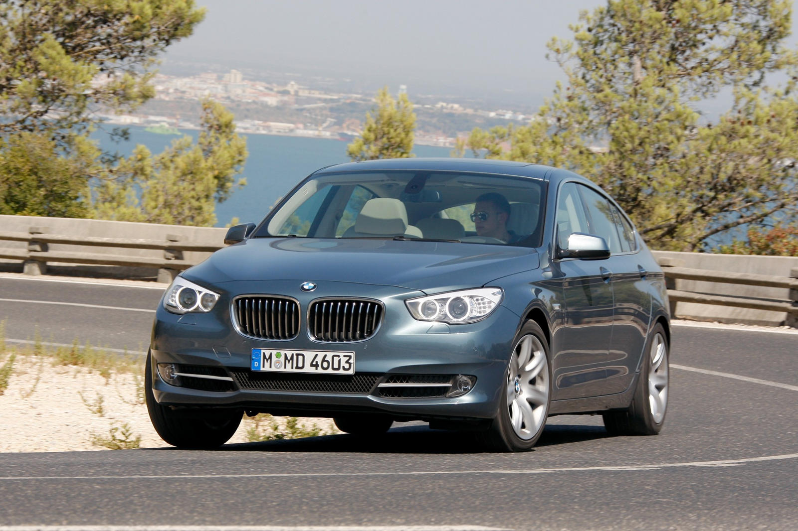 2010 Bmw 5 Series Gran Turismo Review Trims Specs Price New Interior Features Exterior Design And Specifications Carbuzz