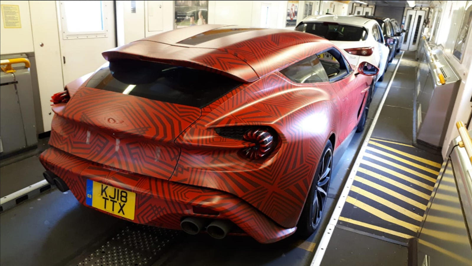 Aston Martin Vanquish Zagato Shooting Brake Looks Breathtakingly