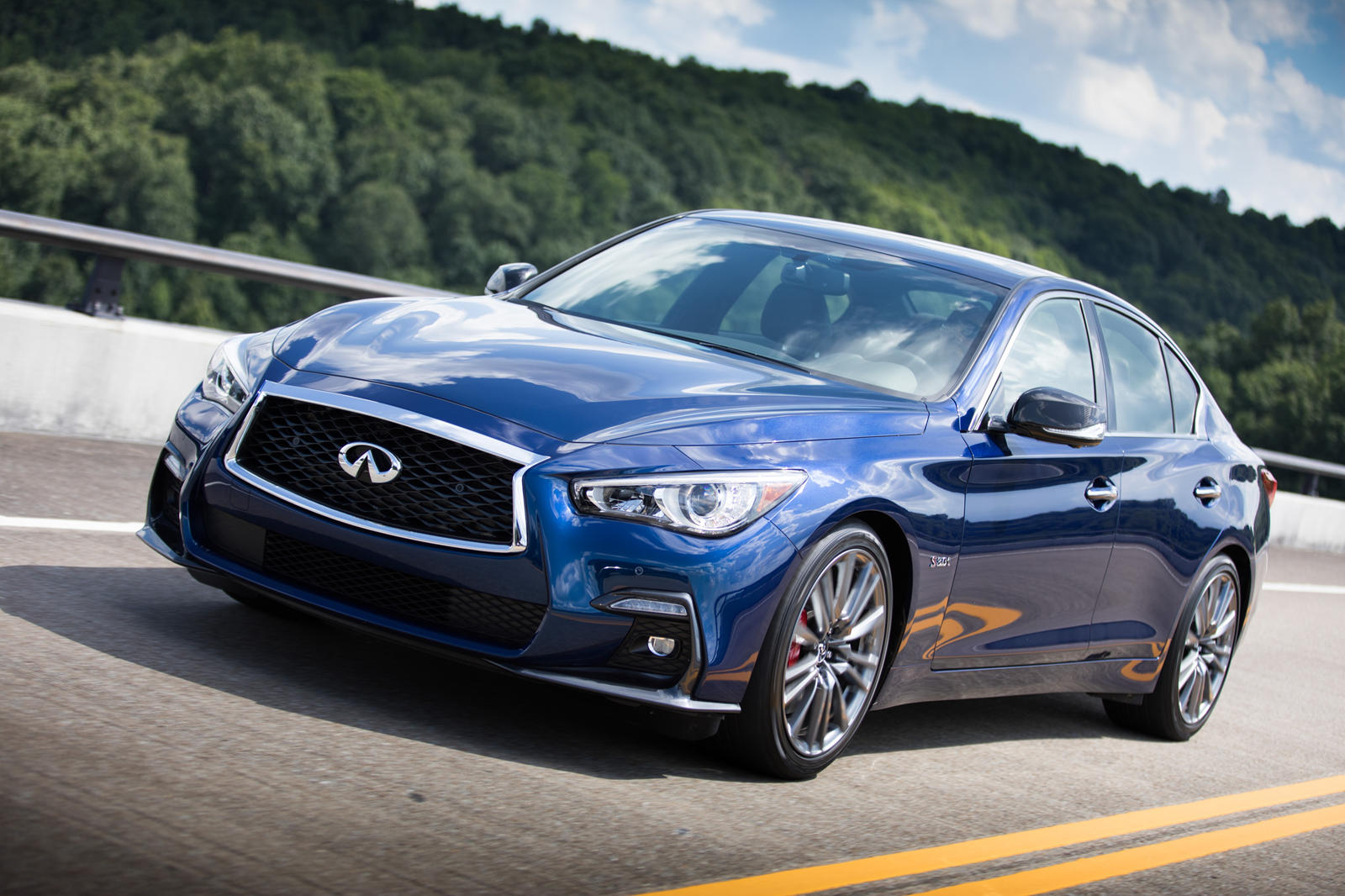 infiniti discontinues its last hybrid model for 2019