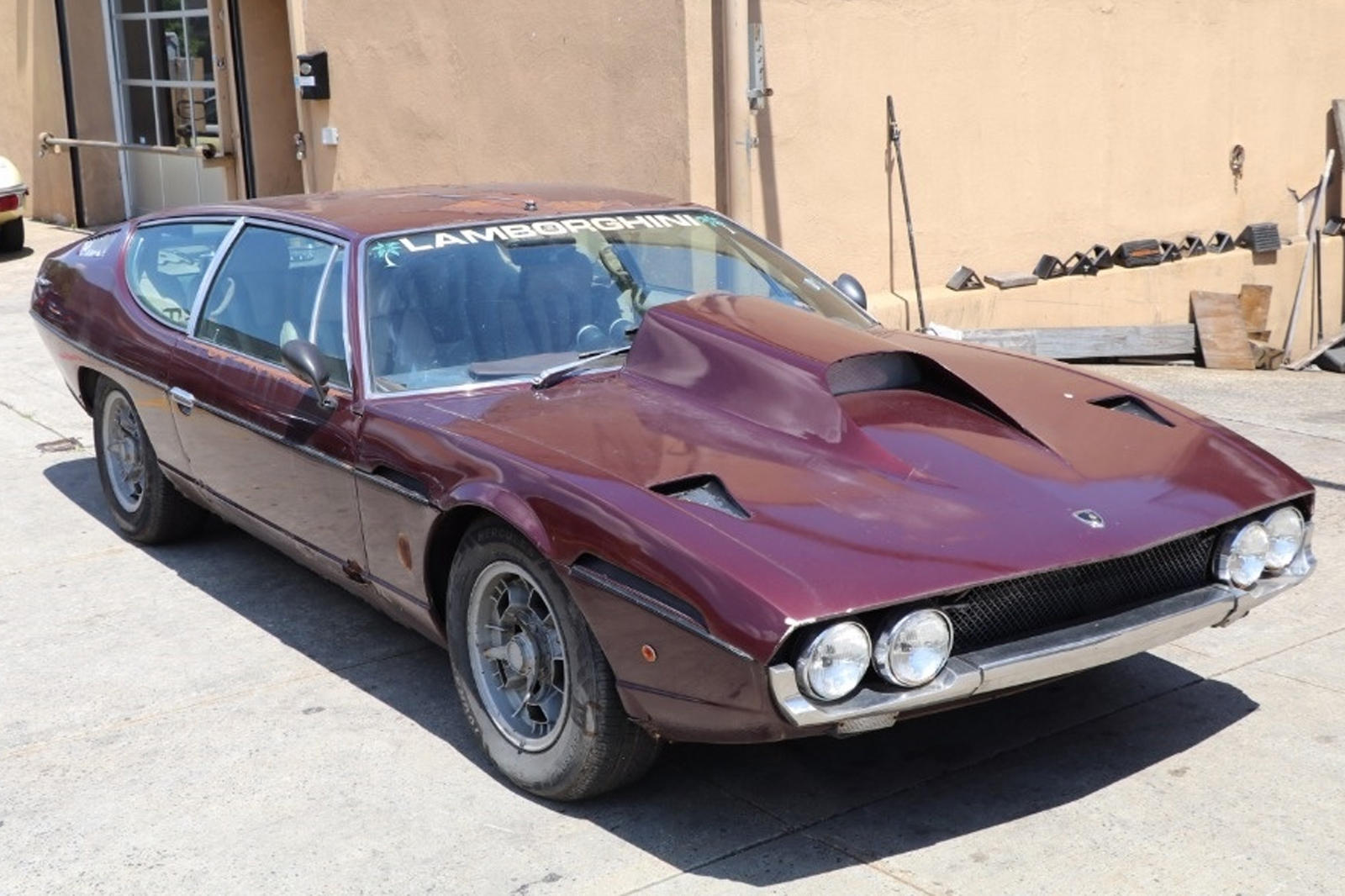 Why Would Someone Do This To A 50 000 Lamborghini Espada Carbuzz