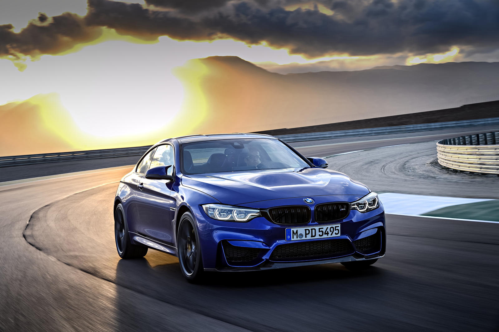 2021 Bmw M4 Coupe Review Price Trims Specs Photos Ratings In Usa Carbuzz