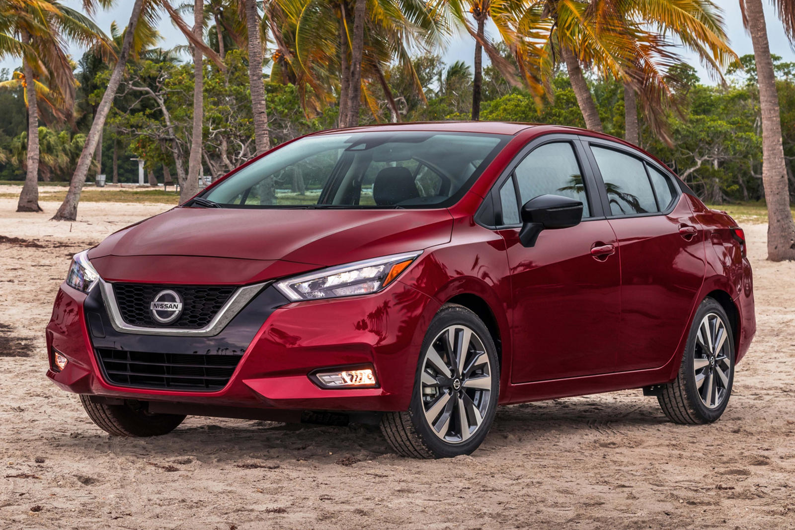 2020 Nissan Versa Arrives With Fresh New Design | CarBuzz