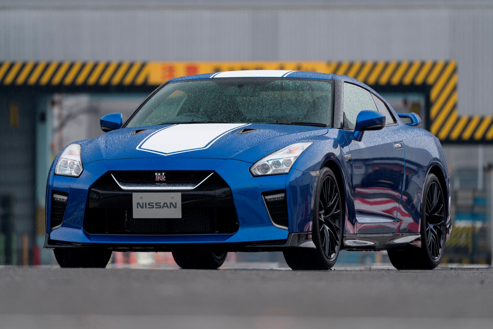 2020 Nissan GT-R 50th Anniversary And New GT-R Nismo ...