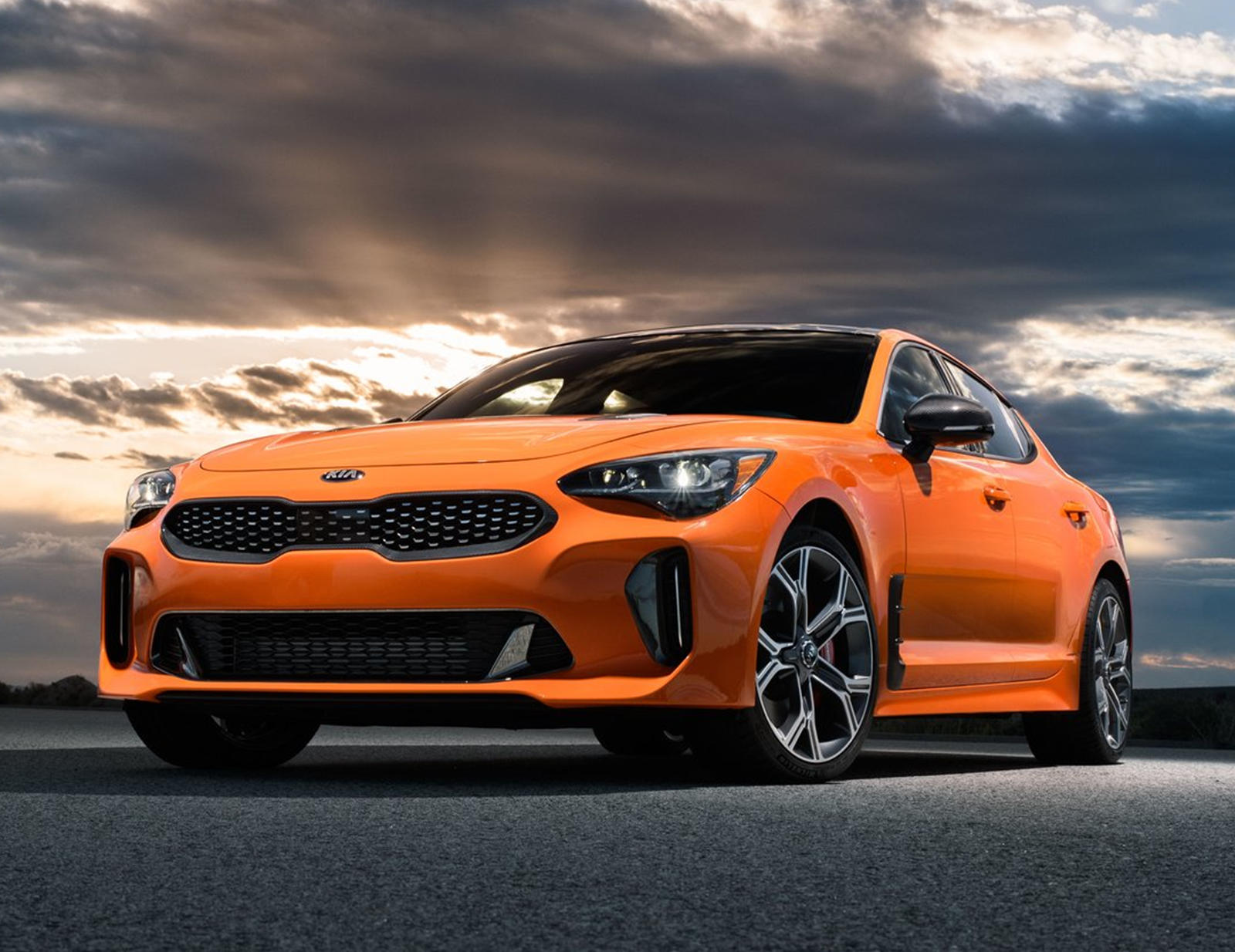 Kia Won't Tell Buyers About These Secret Stinger Deals