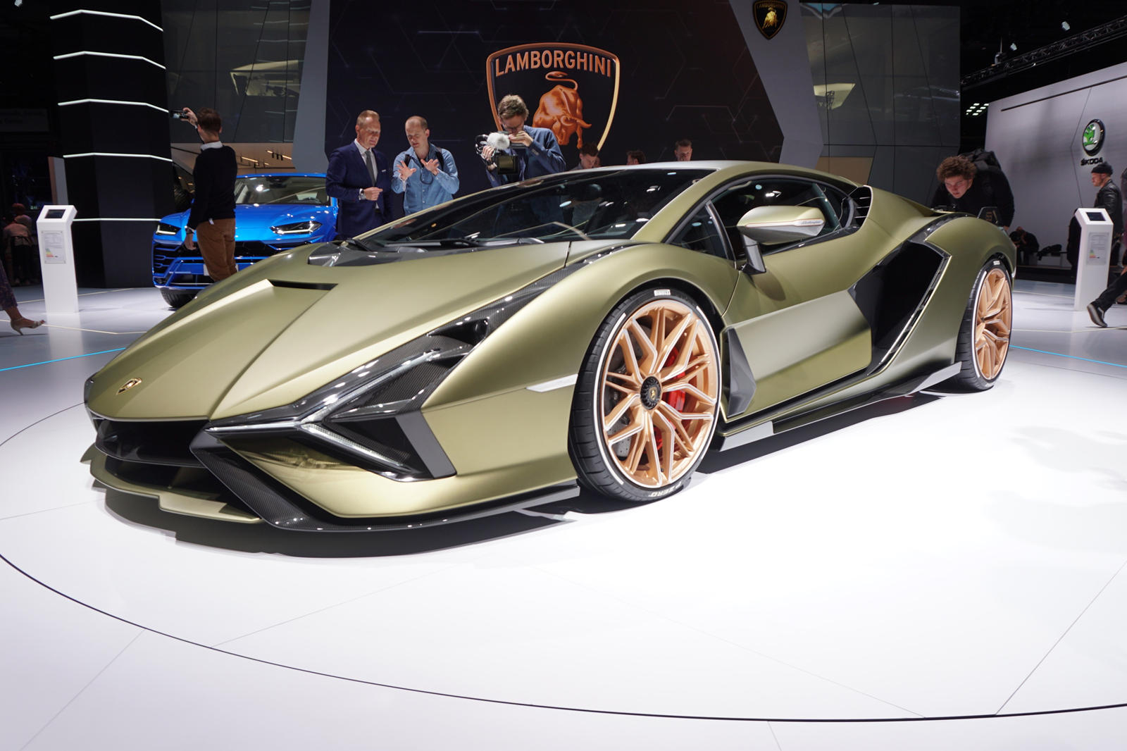 We Get Up Close And Personal With The Insane Lamborghini Sian