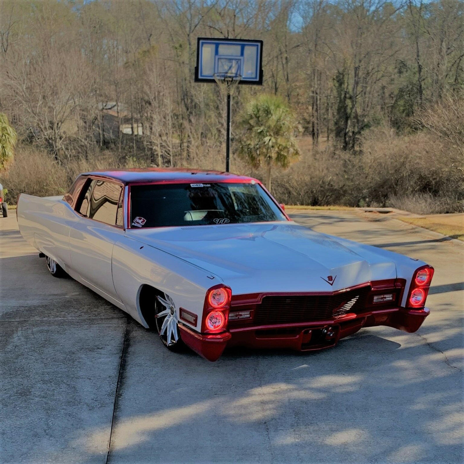 Custom Cadillac DeVille Reminds Us That Expensive Doesn't