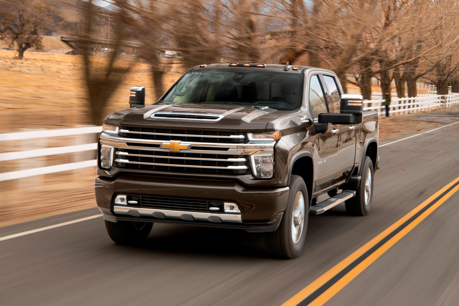 2021 Chevrolet Silverado HD Coming With Improved Tech ...