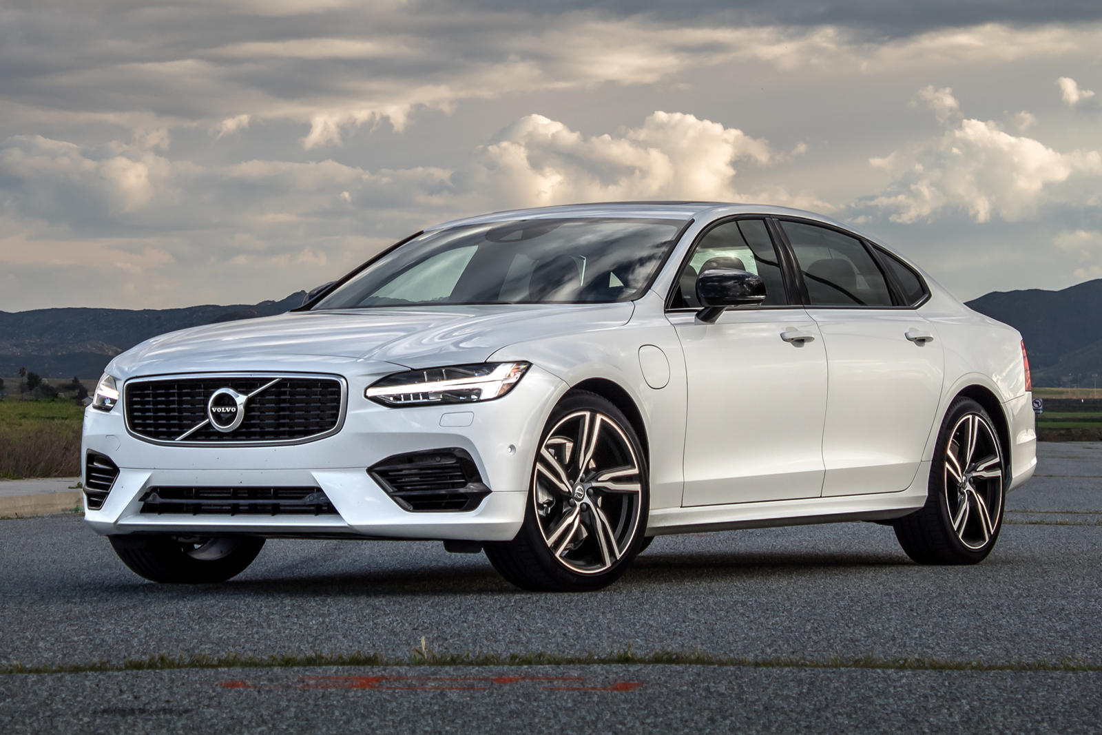 2020 Volvo S90 Hybrid Review Trims Specs Price New Interior Features Exterior Design And Specifications Carbuzz