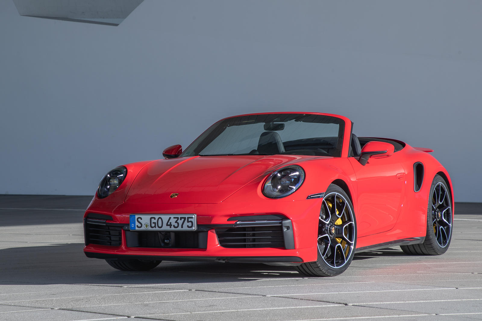 2021 Porsche 911 Turbo Cabriolet Review Trims Specs Price New Interior Features Exterior Design And Specifications Carbuzz