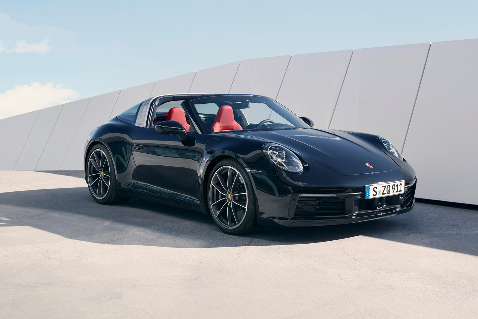 2021 Porsche 911 Targa 4 Review Trims Specs Price New Interior Features Exterior Design And Specifications Carbuzz