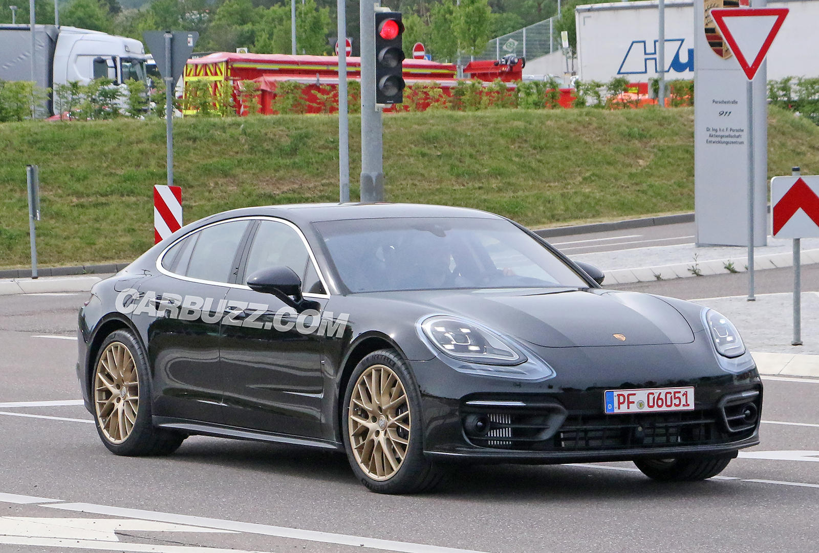 2021 Porsche Panamera Coming With Styling From New 911
