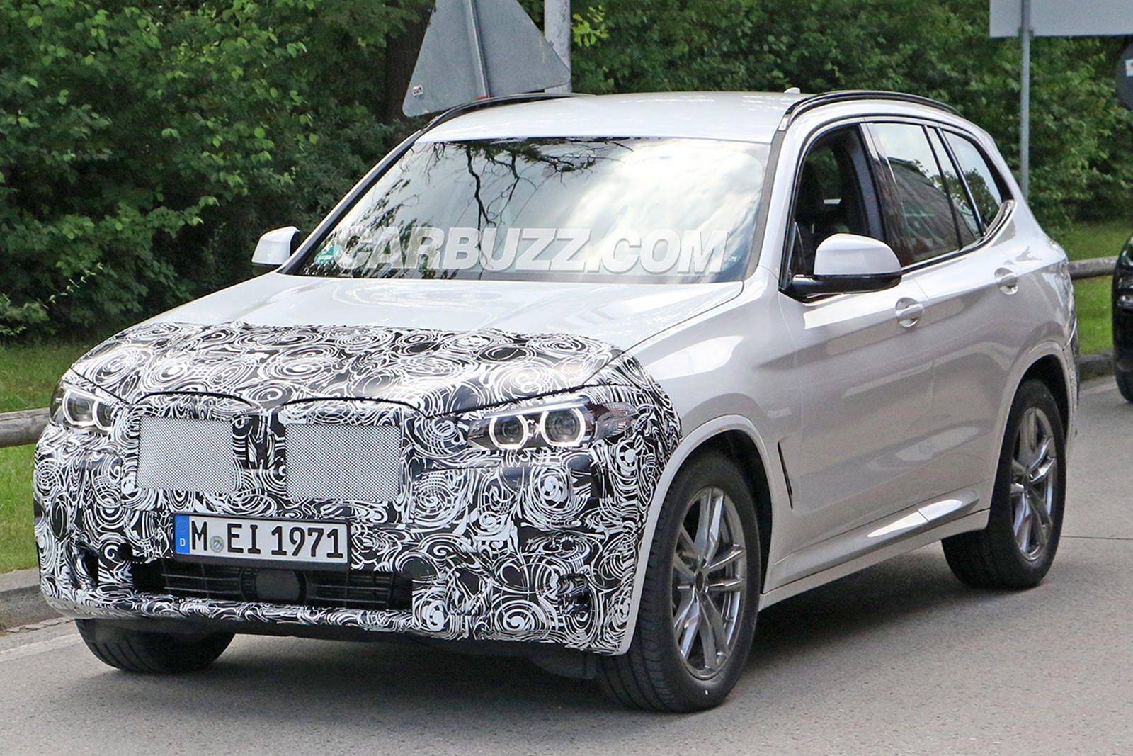 New BMW X3 Looks Ready To Battle Audi Q5