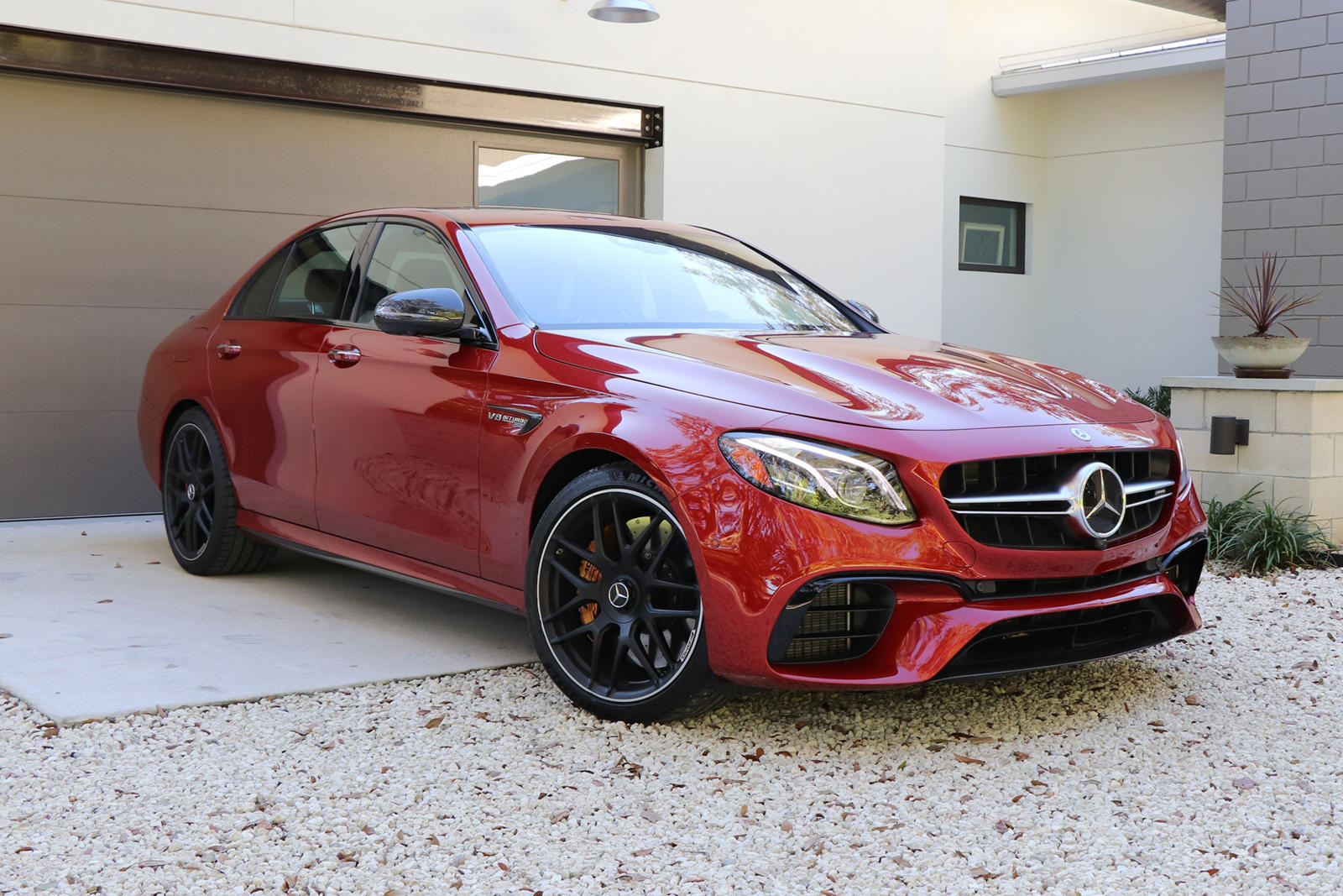 Mercedes-Benz Agrees On Settlement For Defective Paintwork