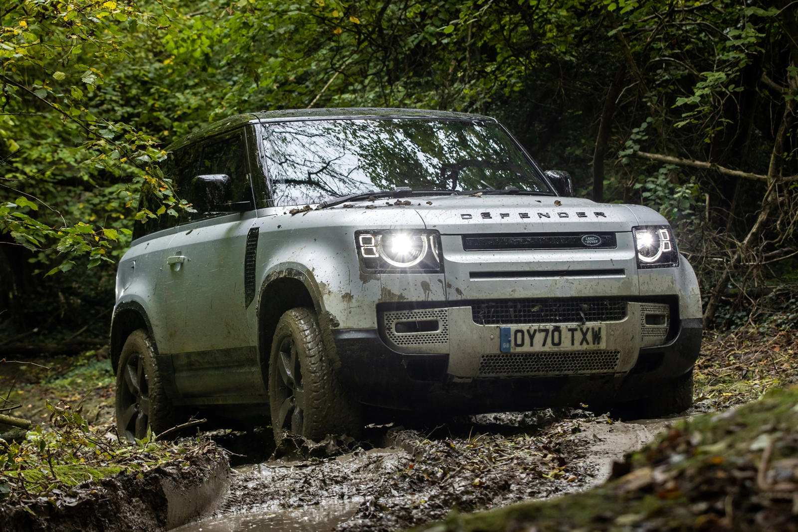 America's New Land Rover Defender Is Already Outselling The Old Model
