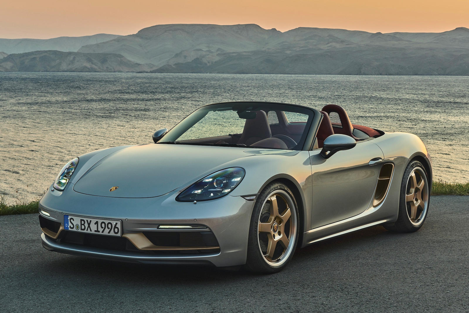 photo of Porsche 718 Boxster 25 Special Edition Is A Celebration Of Roadster Fun image