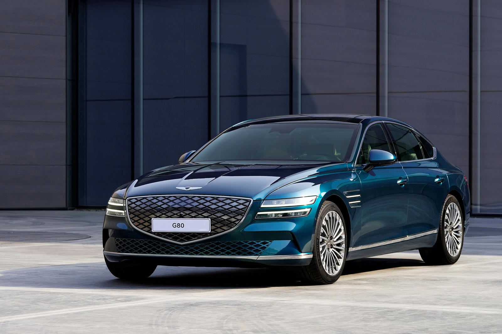 2022 Genesis Electrified G80 Reviews Trims Specifications Prices New Interior Features Exterior Designs And Specifications Autobala