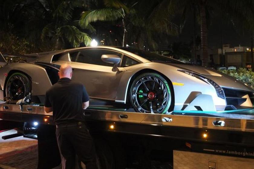 Second Lamborghini Veneno Home Delivered To Miami Owner Carbuzz
