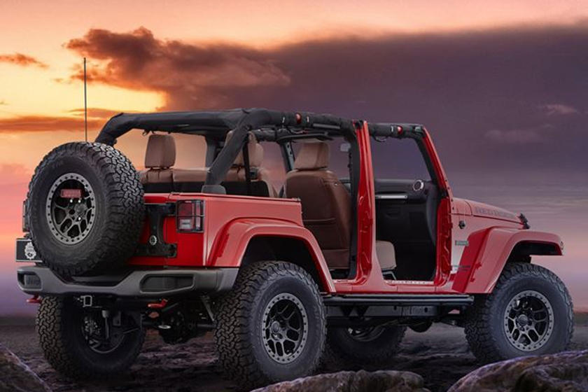 A Door Less Jeep Wrangler With Fancy Leather Seats Makes No Sense Carbuzz