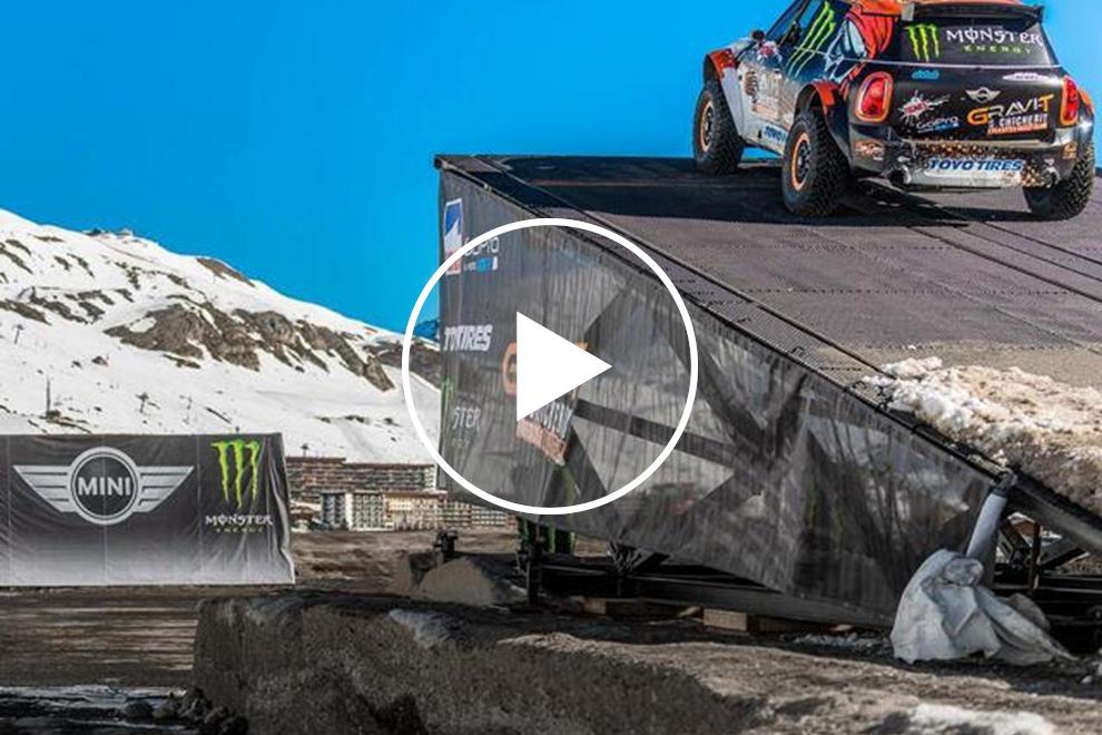 Worlds Longest Car Jump Ends In Horror Crash Carbuzz
