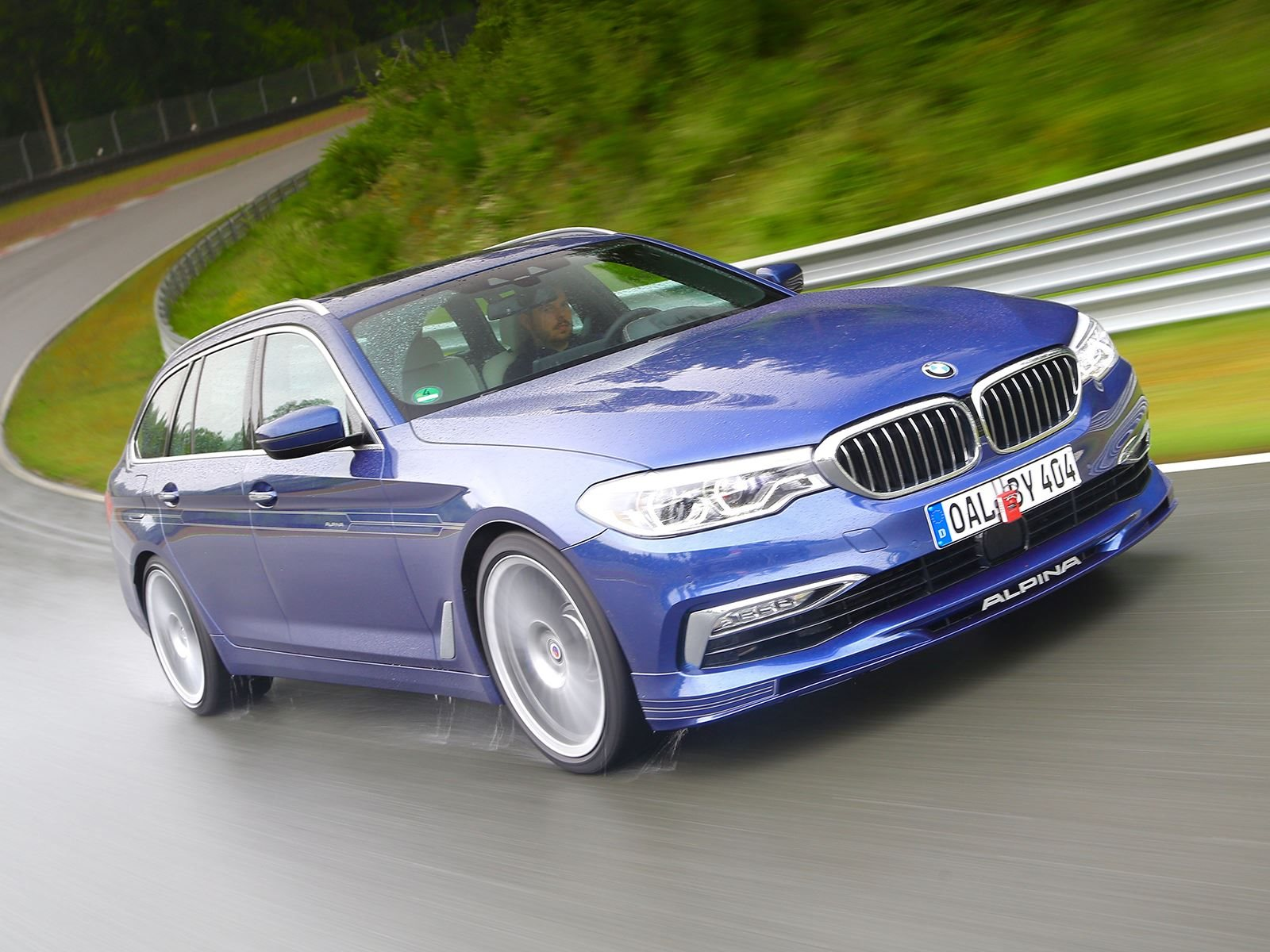 Alpina Reveals World S Fastest Station Wagon With 200 Mph Top Speed Carbuzz