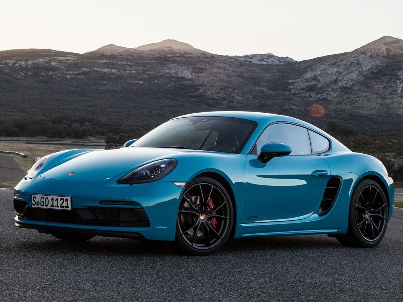 Future Of The Porsche 718 Boxster And Cayman Isn't Looking Too Good | CarBuzz