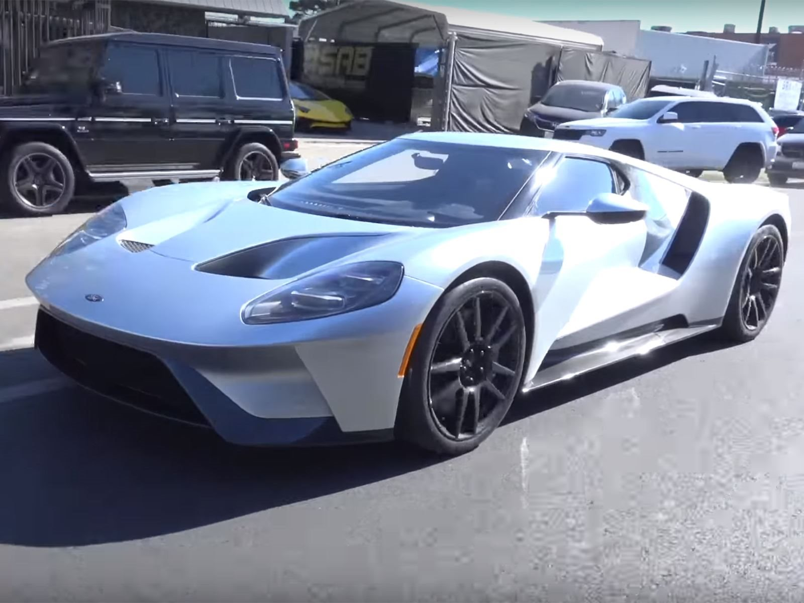 Tim Allen Cars >> Tim Allen Shows Off His Shiny New Ford Gt Carbuzz