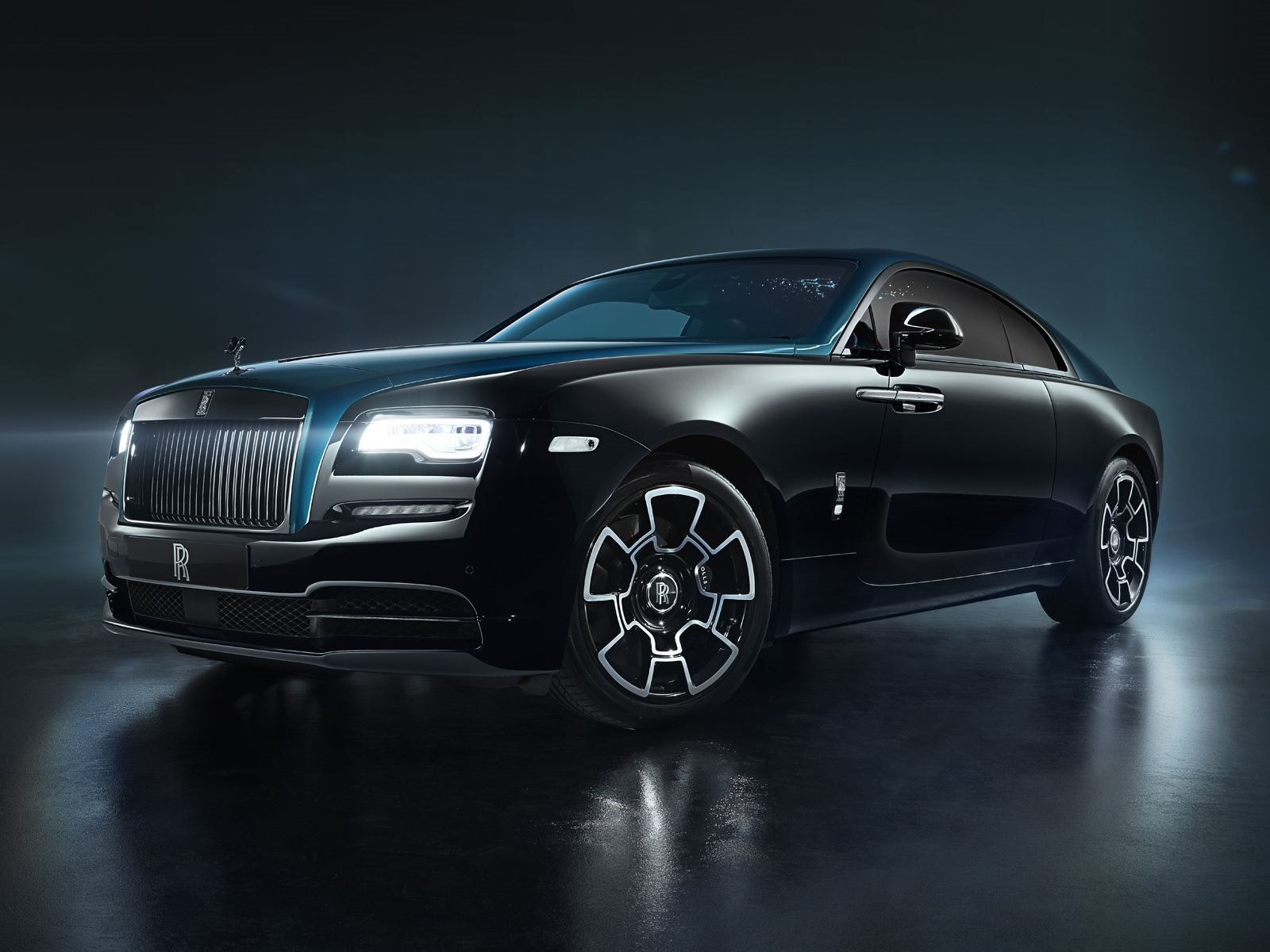 Rolls Royce Wraith And Dawn Adamas Black Badge Collection Revealed Carbuzz
