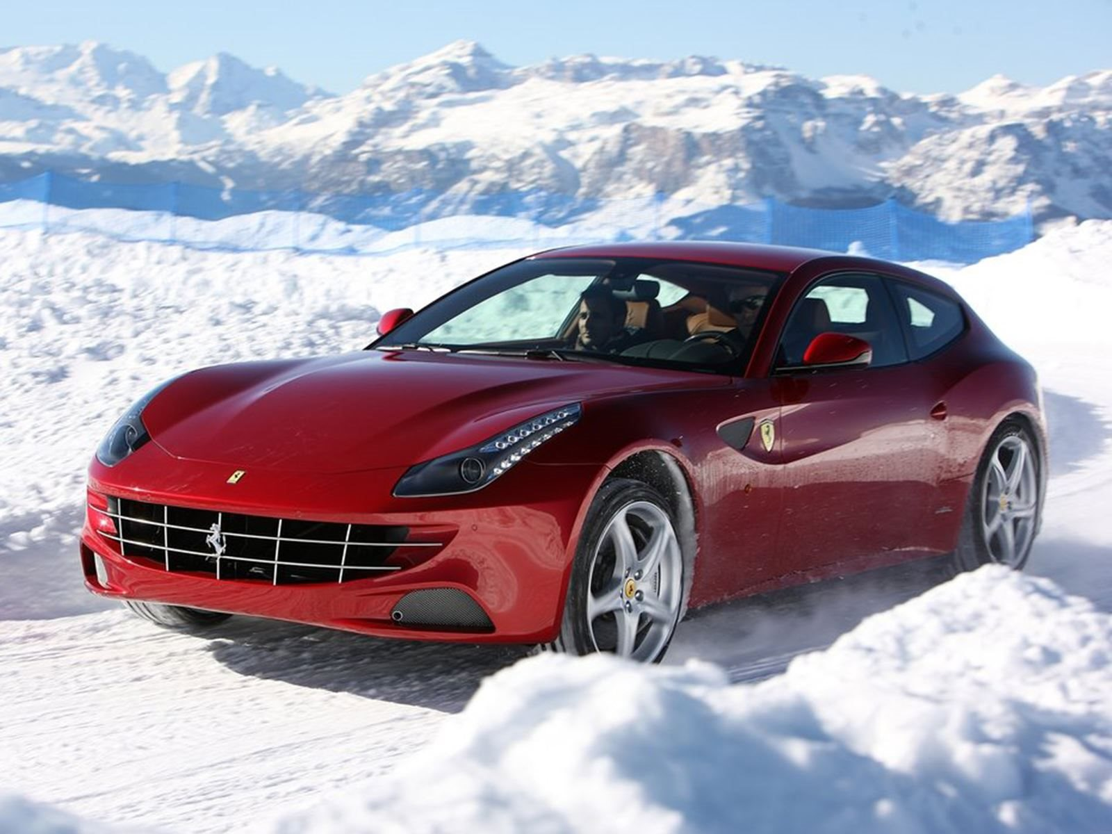 The Ferrari Ff Is Now One Of The Best Value Ferraris On The Market Carbuzz