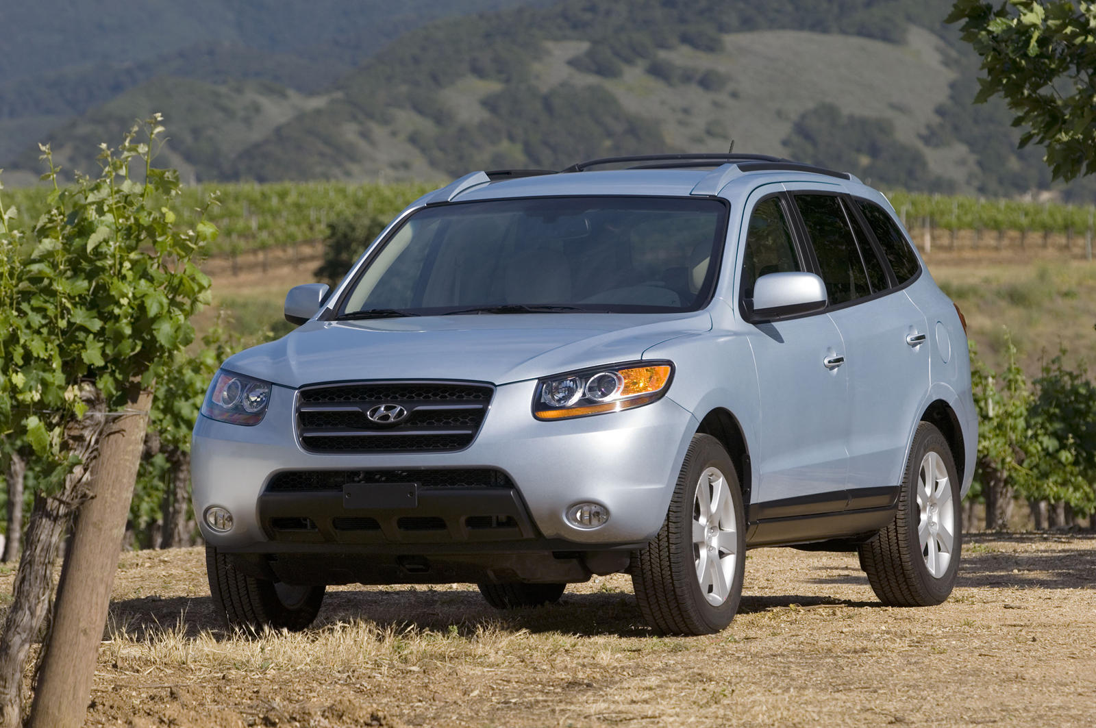 2009 Hyundai Santa Fe: Review, Trims, Specs, Price, New ...
