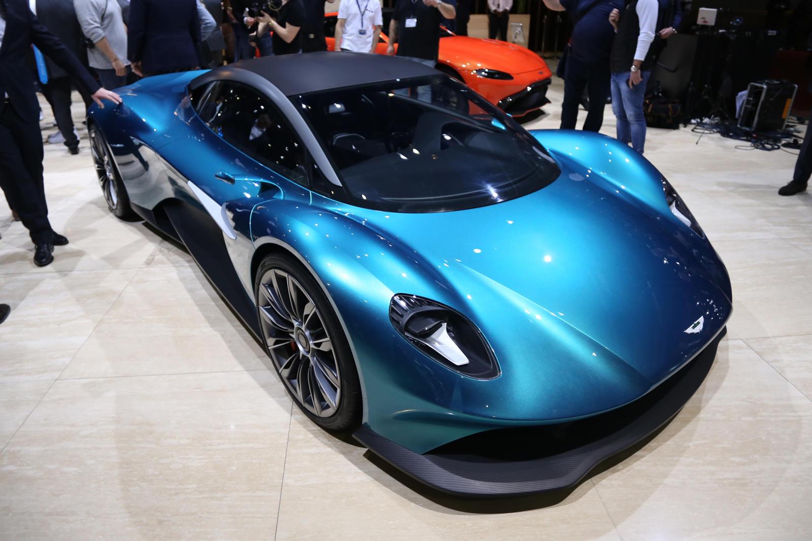 Aston Martin Vanquish Vision Concept Previews Future Ferrari Fighter Carbuzz