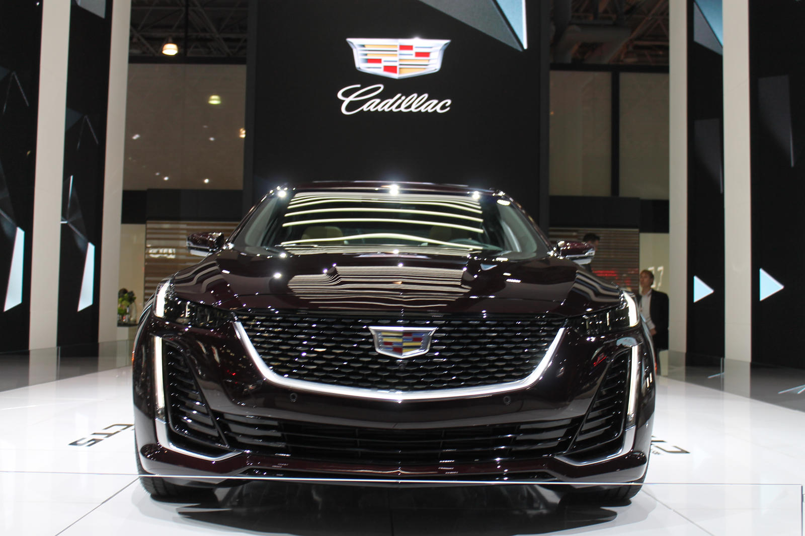 2020 Cadillac Ct5 Arrives Like A Boss In New York City