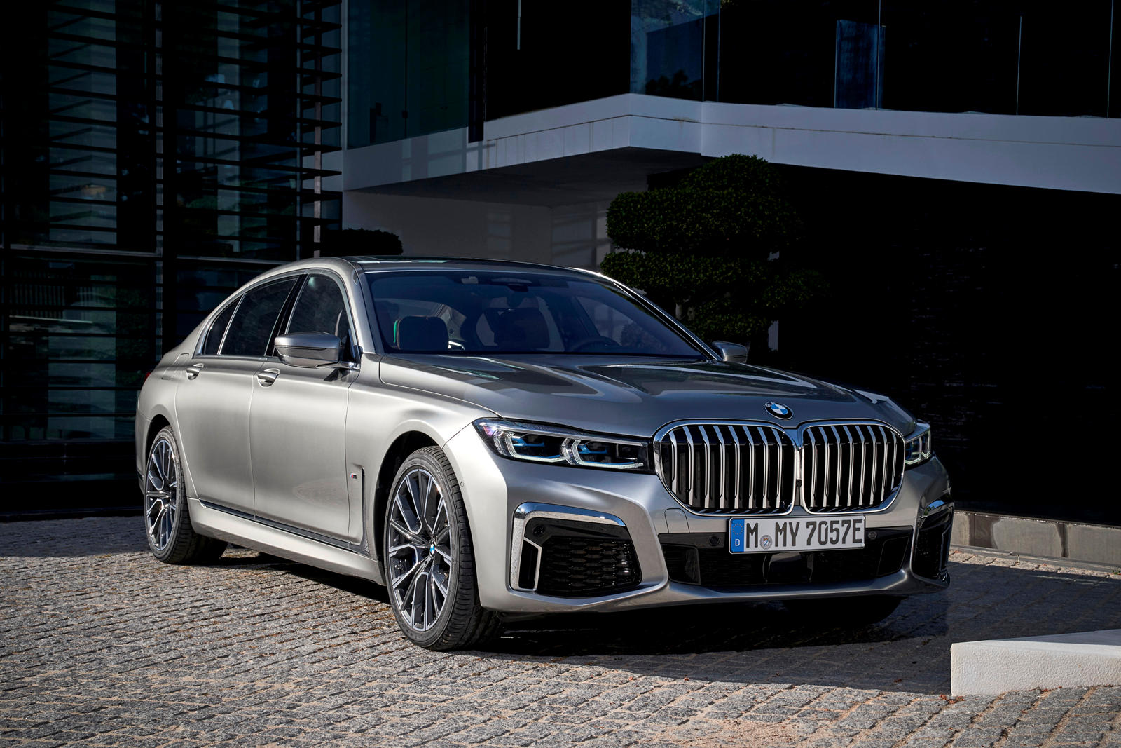 2020 BMW 7 Series Hybrid Review, Trims, Specs and Price ...
