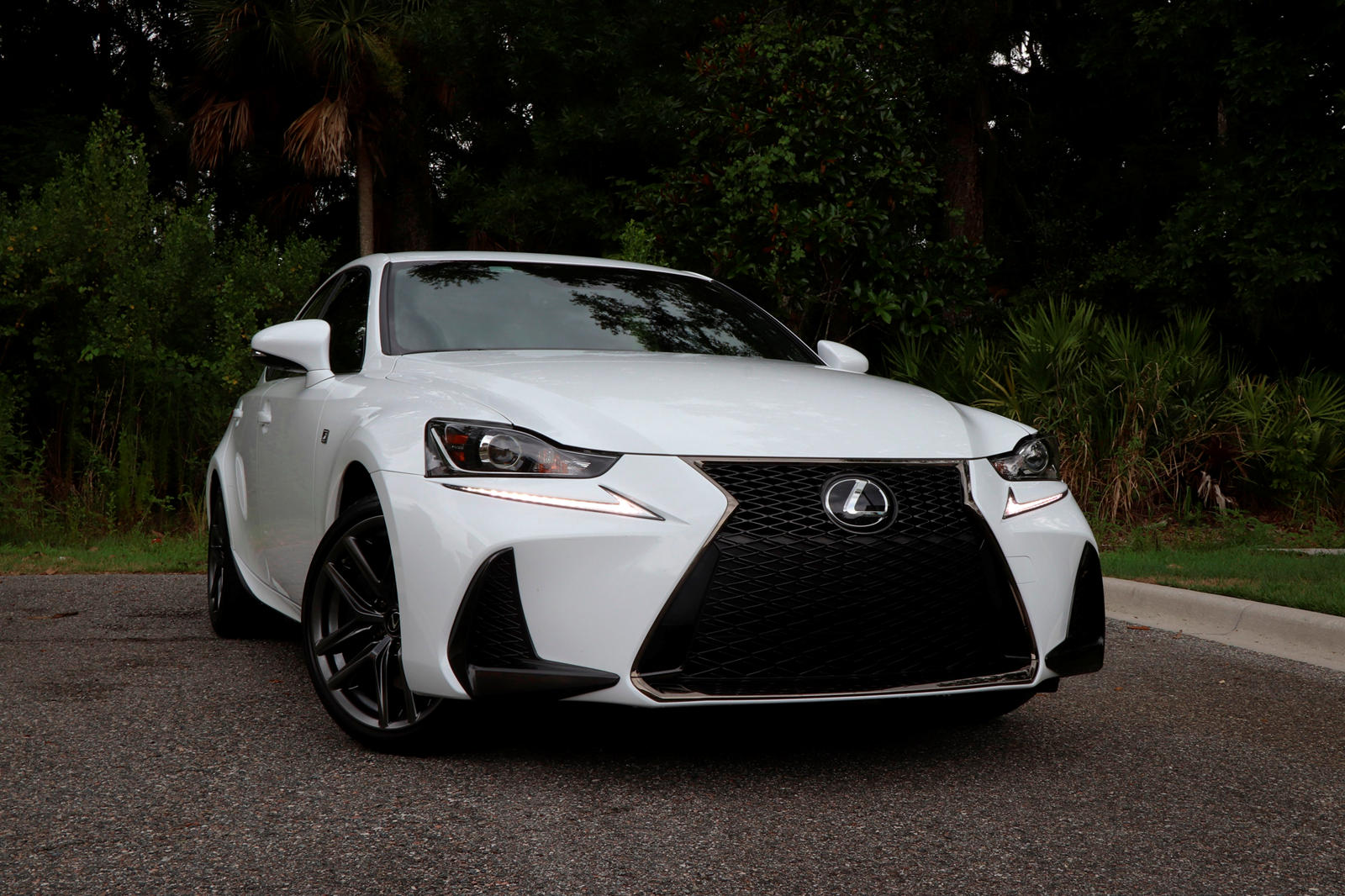 The Good And Bad Of The 2019 Lexus Is 350 F Sport Carbuzz