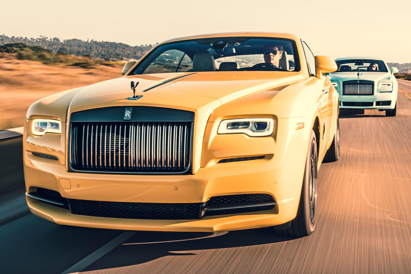 Rolls-Royce Arrives Like A Boss At Pebble Beach