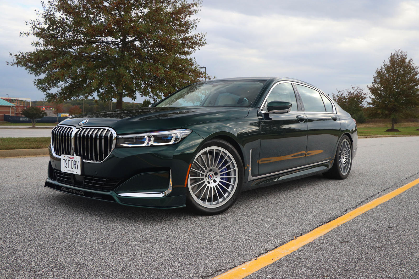 Redesign and Concept BMW B7 Alpina 2021