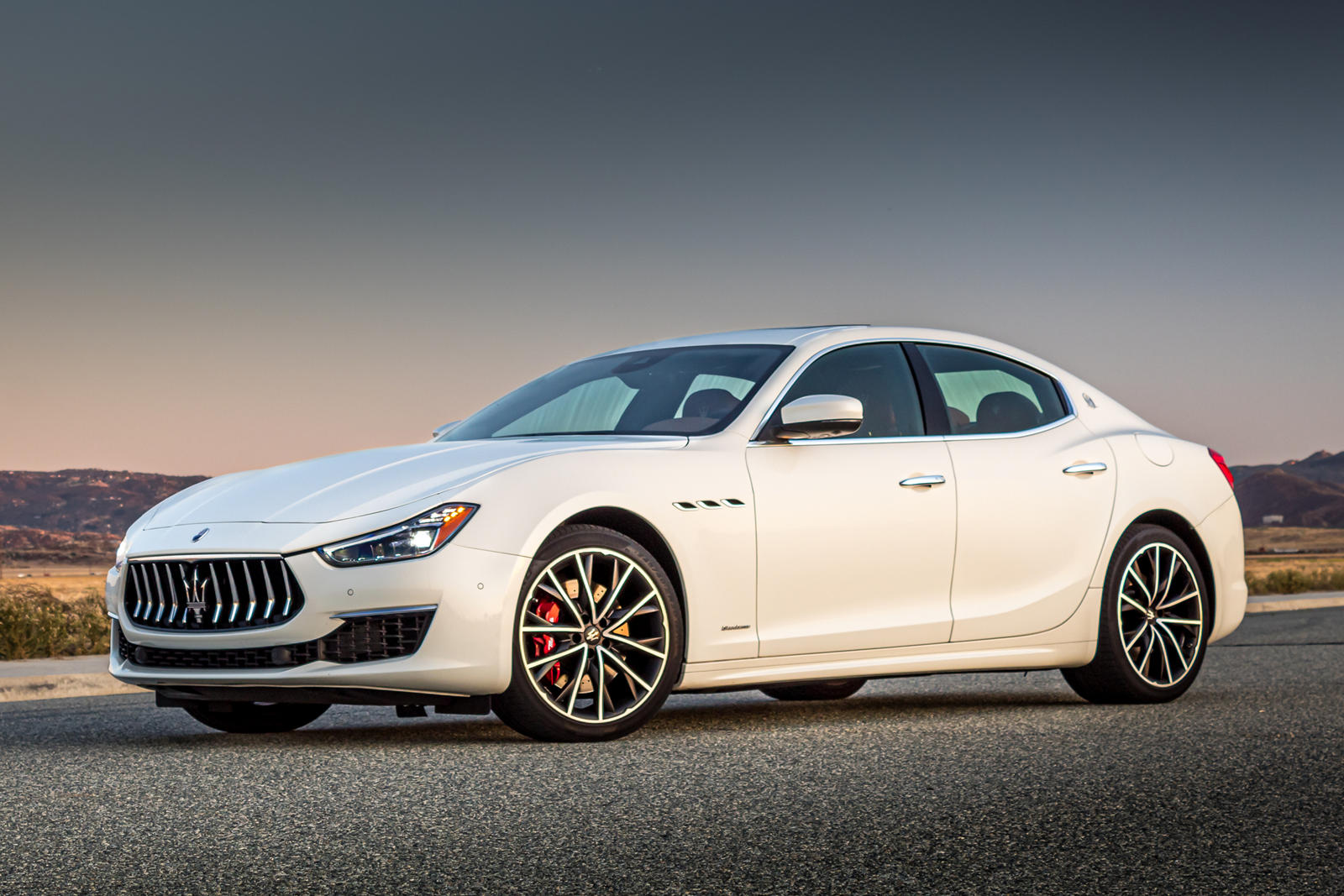 2021 Maserati Ghibli Trims & Specs | CarBuzz