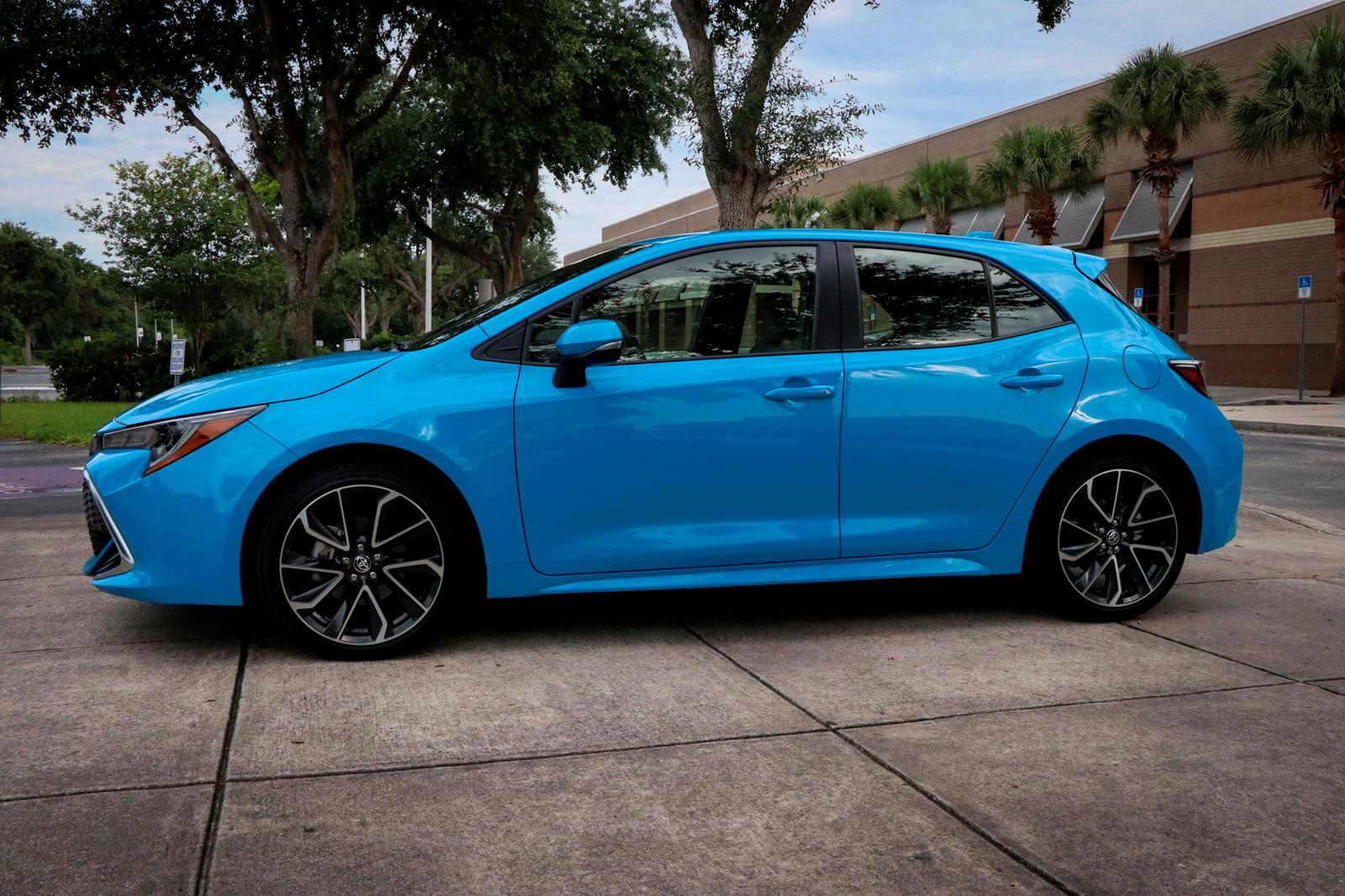 2019-2020 Toyota Corolla Hatchback Test Sürüşü Yan Görünüm