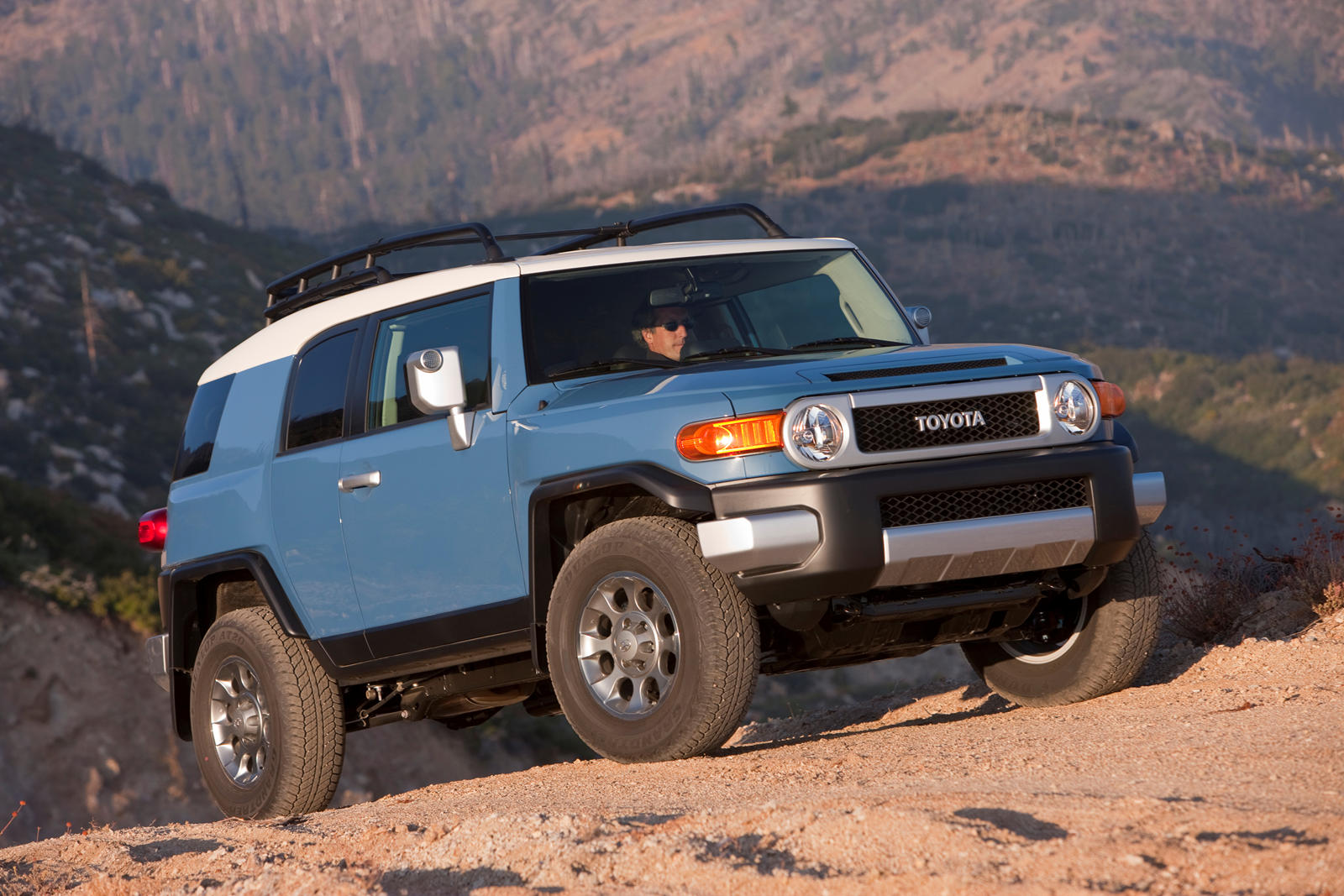 Toyota Will Build A New Fj Cruiser If You Want It Carbuzz