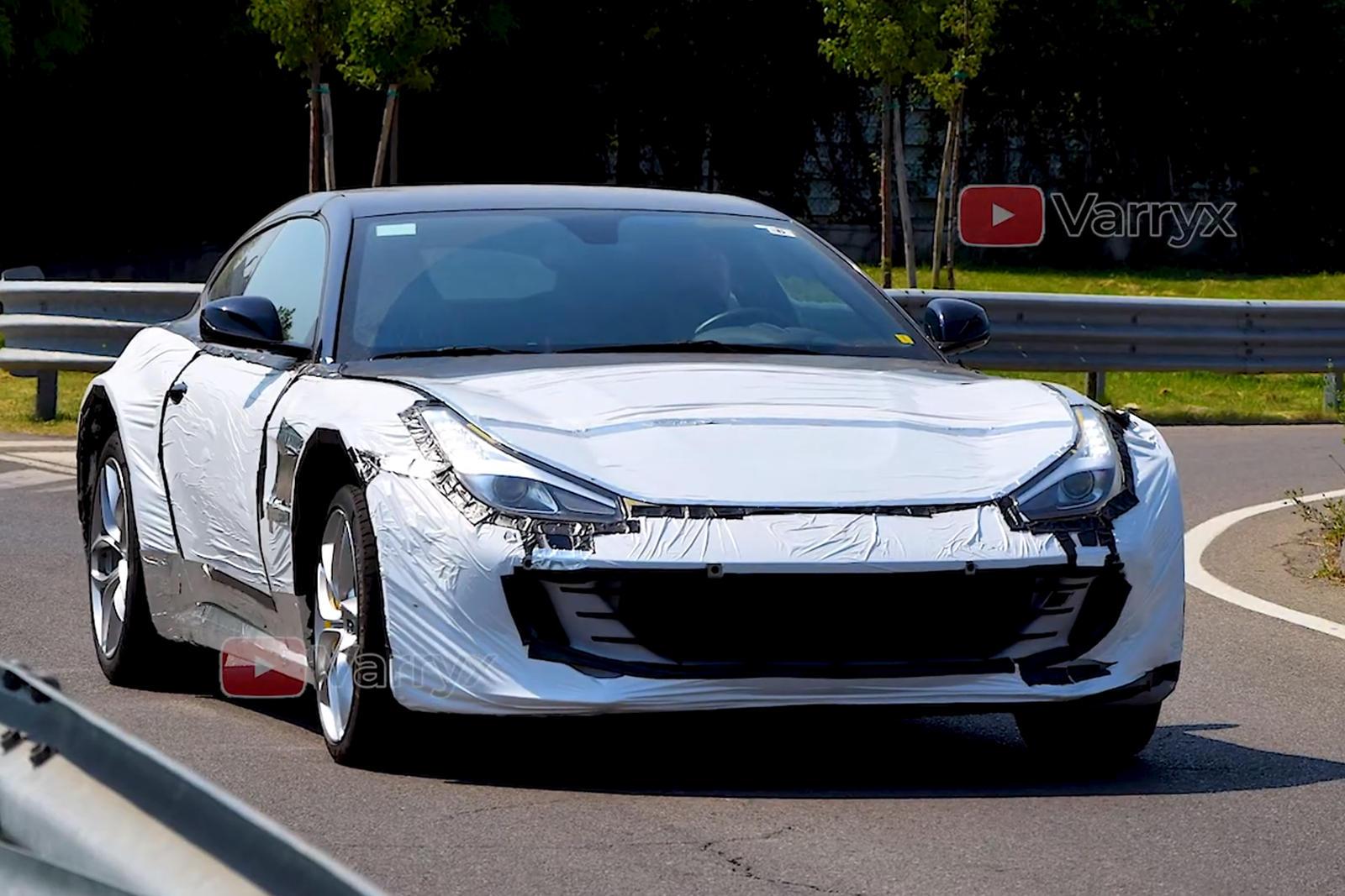Watch Ferrari Purosangue Suv Test Mule Hits The Streets Carbuzz