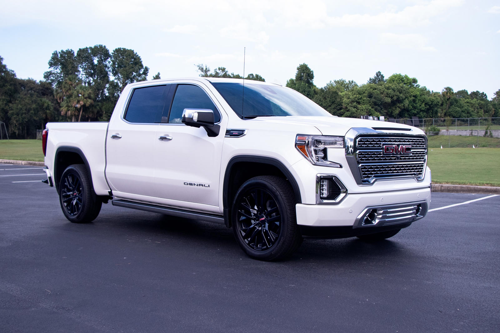 Why The 2020 Gmc Sierra 1500 Denali Is An Awesome Truck Carbuzz